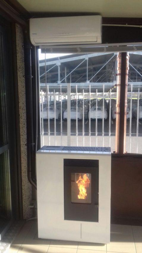 Realizzazione di canna fumaria esterna per stufa a pellet - Stufa pellet canna fumaria camino ...