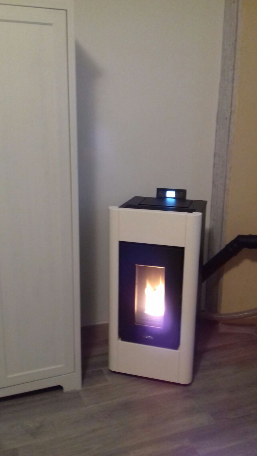 Rivenditori Stufe A Pellet Lombardia installazione stufa a pellet cadel - la bottega del fuoco